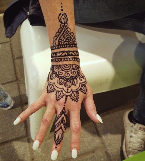 Mehndi Tattoo Baju : Best images about mendhi designs on pinterest