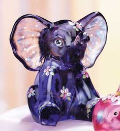 Fenton glass elephant @ANN WASSON