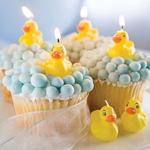 cute baby shower cupcakes: Baby Shower Cupcakes, Rubber Ducky, Baby Shower Ideas, Birthday Parties, Ducky Baby Shower, Baby Birthday, Bubbles Bath, Rubber Ducks, Baby Shower
