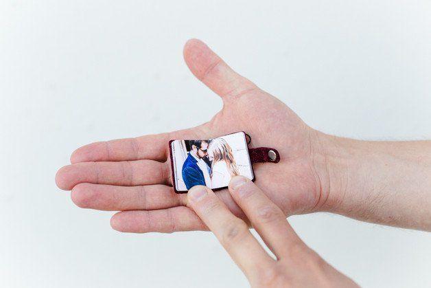 Das kleinste Fotoalbum für die Hosentasche, süßes Geschenk zum Valentinstag / cute valentine's day gift idea: mini photo album made by Bilder wie Du und Ich via DaWanda.com