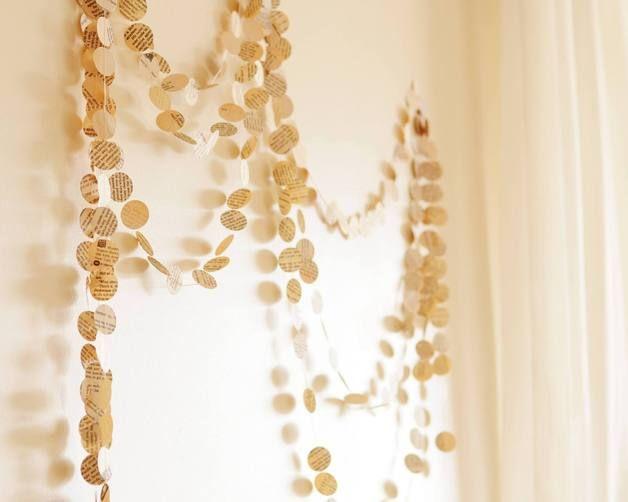 Hochzeit - Papier Kreis Girlande vom Weinlesebuch - ein Designerstück von EcoFeltBazaar bei DaWanda