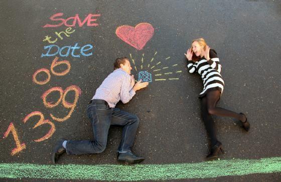 Originele Save the Date kaart! {the making of…} - Pinterested @ http://wedspiration.com.