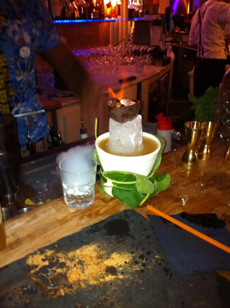 a tiki drink. #pisa #leaningtower #drinkingissohappy