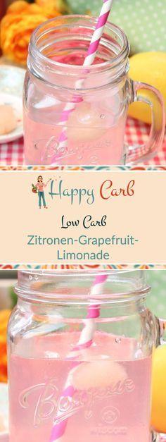 Eingefroren wartet der Fruchtsirup auf seinen Einsatz. Frisch gepresste Säft als Eiswürfel für dein Sommergetränk. Low Carb Rezepte von Happy Carb. https://happycarb.de/rezepte/knabbereien-und-suesses/zitronen-grapefruit-limonade/
