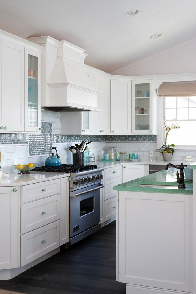 Love The Countertop On The Island. Ocean Inspired Kitchen