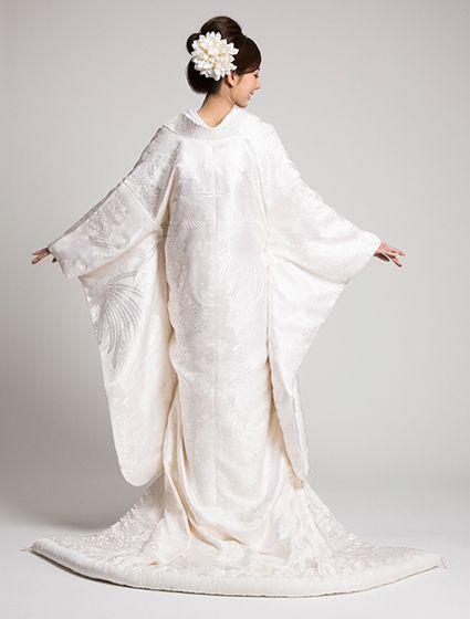 ウエディングドレス、高品質な結婚式ドレスならW by Watabe Wedding / 白無垢【鳳凰亀甲文(L)】