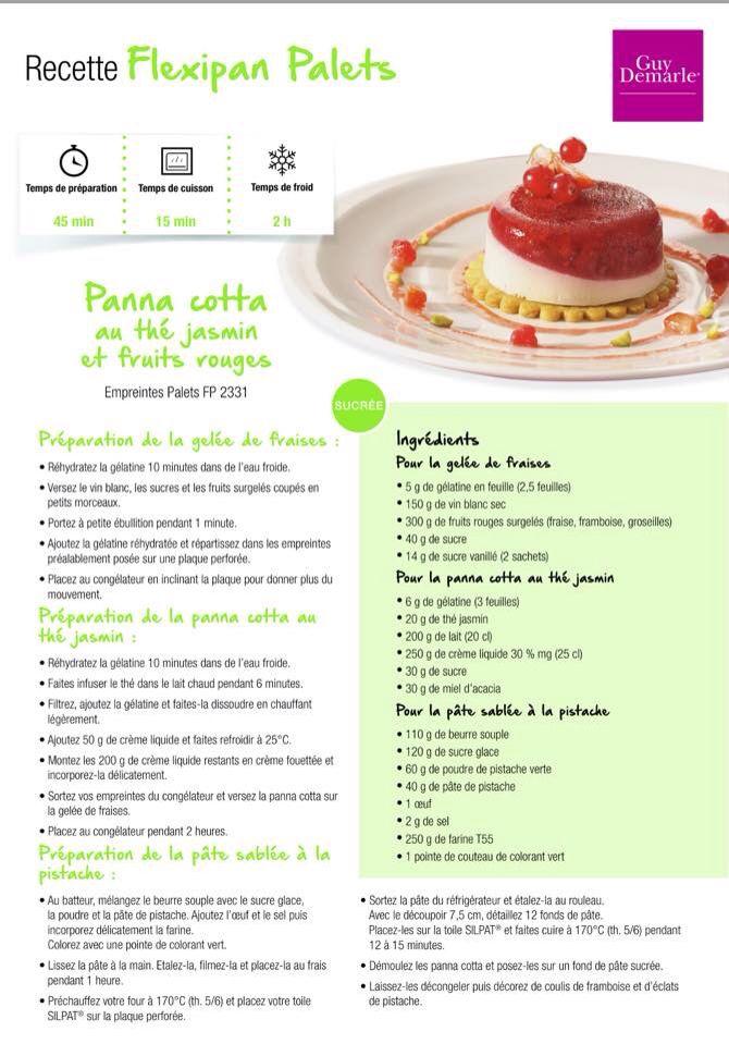 Panna cotta au thé jasmin et fruits rouges