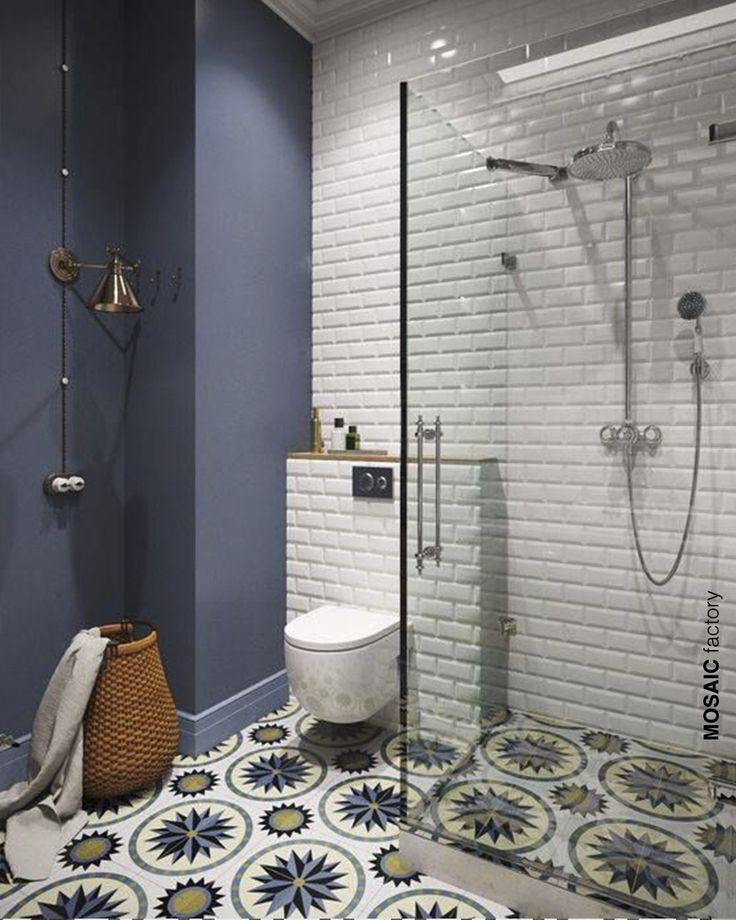 Suelo hidráulico en baño y ducha. Diseño de interior ...