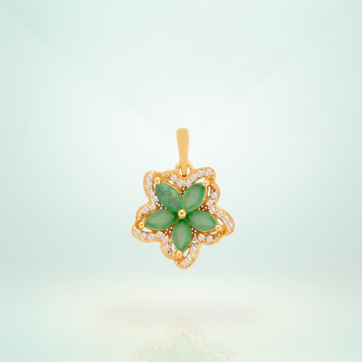 Emerald Pendant in Gold plated Sterling Silver   Shipping across India