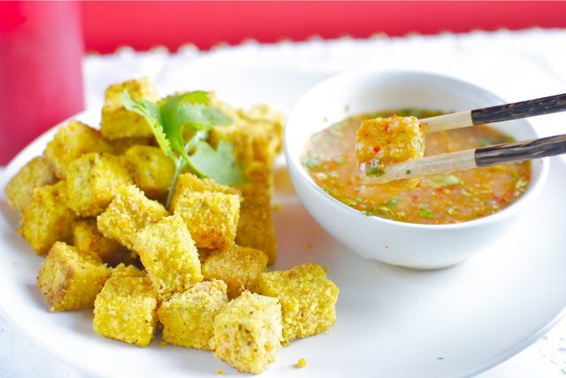 Lentil Crusted Tofu with Awesome Dipping SauceVegan, Fries Tofu, Crusts Tofu, Kim, Green Planets, Dips Sauces, Food Recipe, Awesome Dips, Encrusted Tofu