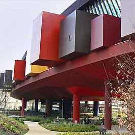 Musée Du Quai Branly in Paris by Jean Nouvel