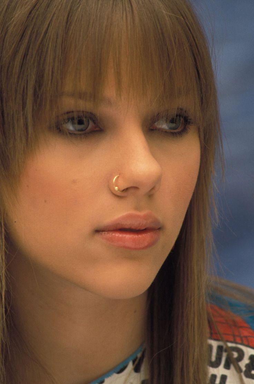 Young Scarlett Johansson Hair Raising Hairy Haircuts Pinterest Scarlett O Hara