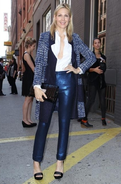 Kelly Rutherford wearing Peter Som ensemble.