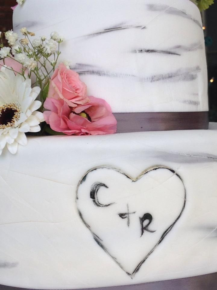 Get your initials put in your wedding cake