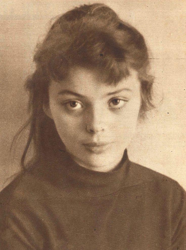 Barbara Kwiatkowska (Lass) photographed by Joanna Wolska