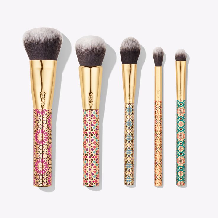 Tarte Holiday 2017 limited-edition artful accessories brush set  34