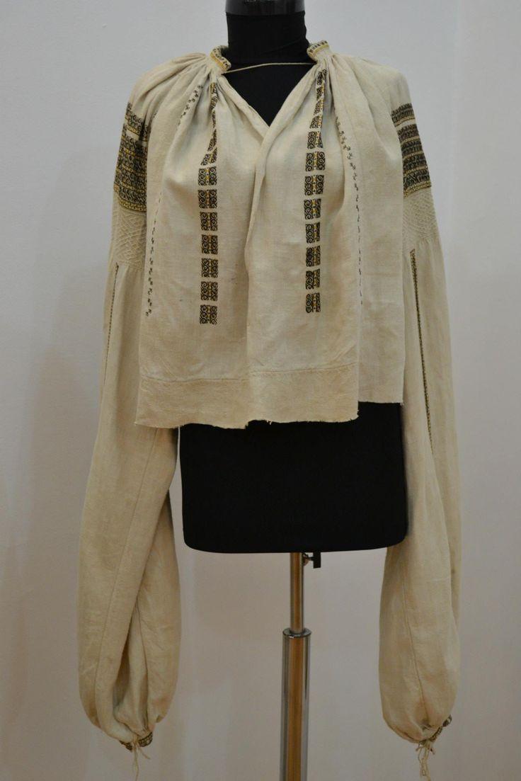 Romanian blouse - ie - Gorj region.