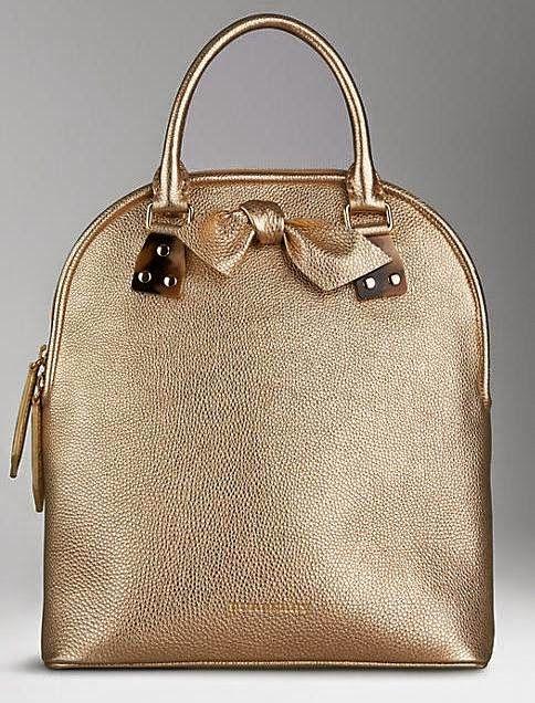 The Charm of Luxury: La Bag del giorno