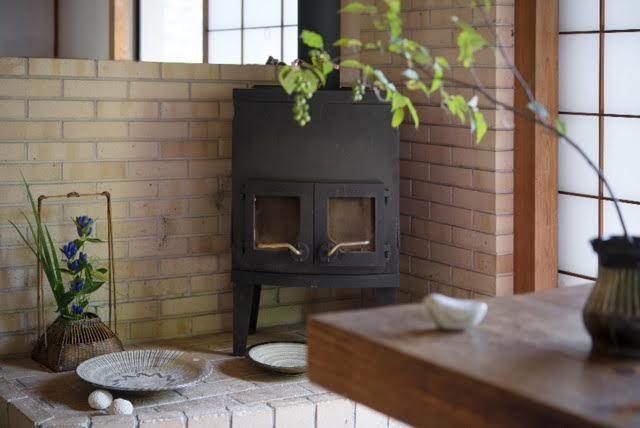 静岡県「ことり工芸舎」伊豆の雑木林の山の中、古民家で暮らしの器を販売しております。