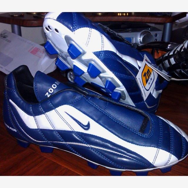 old school nike air zoom italia football boots pinterest. Black Bedroom Furniture Sets. Home Design Ideas