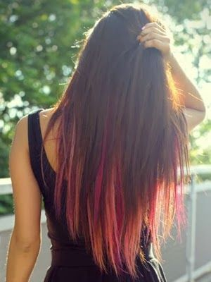 Wow!!! Lots of pink shades into this amazing hair color! I WOULD LOVE TO TRY IT BUT I'M A CHICKEN. ...