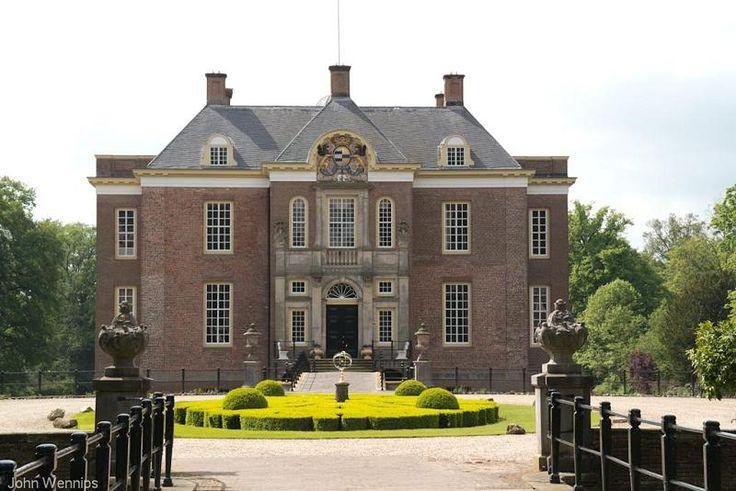 Middachten castle, Gelre, The Netherlands - Kasteel Middachten in De Steeg in Gelderland in Nederland.