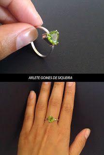 Anél em prata com pedra natural peridoto #joiadebancada; #jewelry; #jewelry; #pedrasnaturais; #peridoto; #prata925; #prata; #silver; #argent; #anel; #ring; #bague; #fashion; #joiadebancada; #joiasartesanais #moda