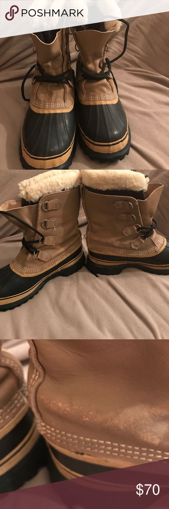 Mens Sorel Boots ☃️❄️Mens Sorel Boots -  your mans tootsies will stay warm in these babies....  only worn a couple of times..Basically New!!  In great shape ( as shown by soles) scuffing due to storage ( as shown in pictures)   Size 9 MENS Sorel Shoes Winter & Rain Boots