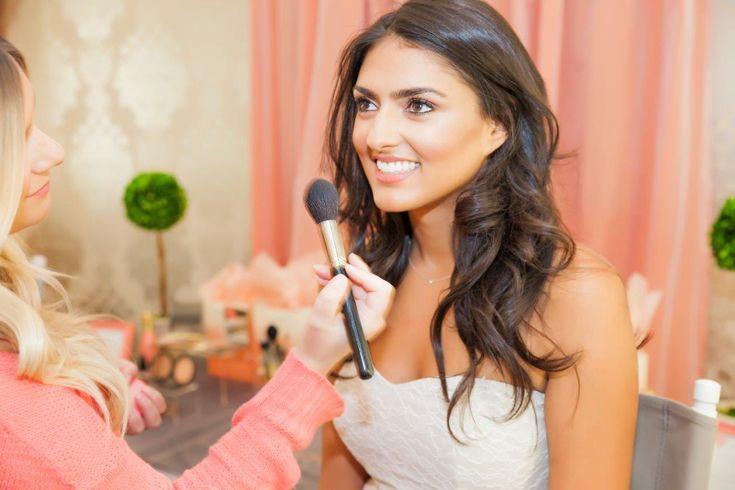 Menciptakan Gaya Make Up Pengantin yang Sempurna