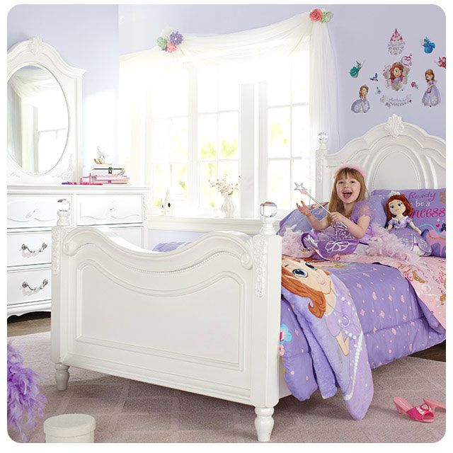 17 best images about a bedroom made for a princess on for Princess themed bed