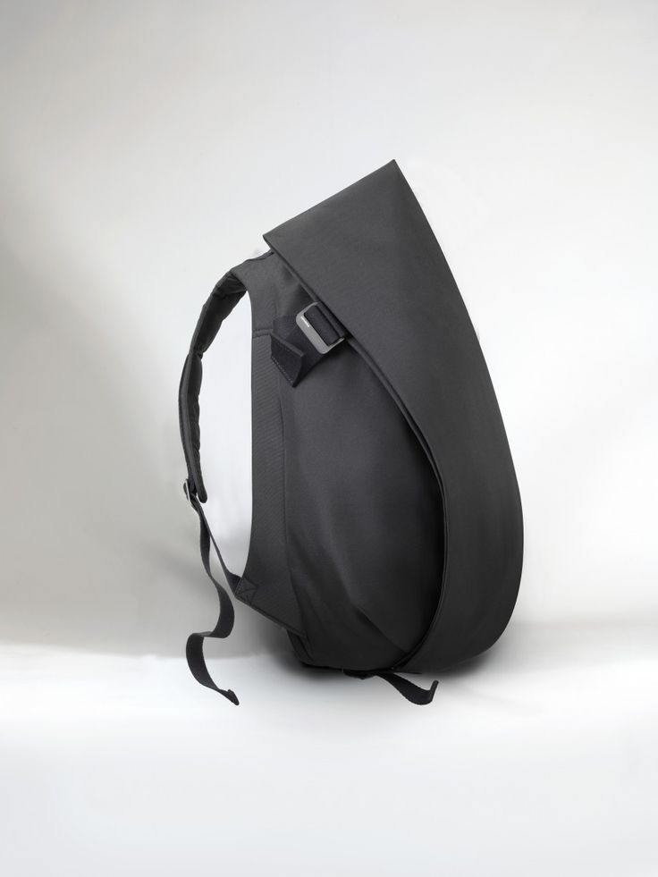 "Our Isar Rucksack is an ergonomic backpack built for creatives and entrepreneurs on the move. A conceptual design ensures fast, easy access to your laptop and office essentials, with ample space and the comfort you need for even the busiest days.  The laptop compartment accommodates up to laptops in size 13""/15"" (Medium) or 15""/17"" (Large)."