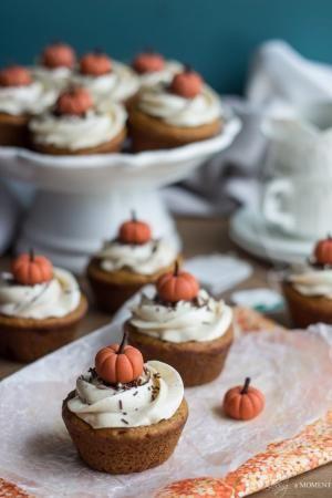 Abóbora Chai Cupcakes |  Assar um momento por echkbet