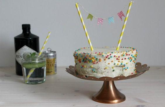 Kuchenparty: Gin Tonic Torte mit schneller Deko – kleid & kuchen