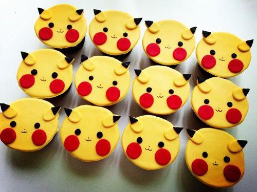 Adorable pikachu cupcakes!