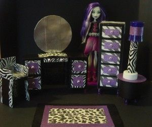 Kids Room decor Ideas- Give surprise to your Little ones.. visit & Share http://diyhomedecorguide.com/monster-high-room-decor/