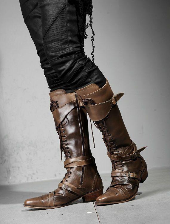 Steampunk Boots O_O I love it!!!