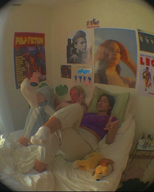 bedroom indie aesthetic inspo collage teenage tour retro friends future