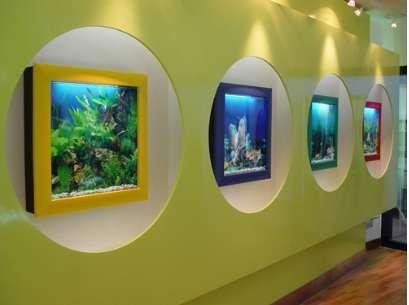 TV-Like Fish Tanks : Aquavista Panoramic Wall Aquarium