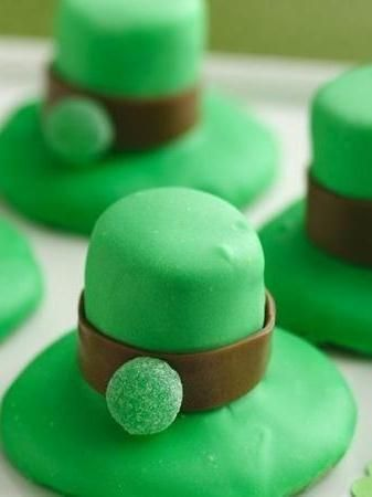 You won't need the luck of the Irish to make these adorable leprechaun hat cookies—just these simple instructions. Perfect for a school or work St. Paddy's Day party. Betty members have some great tips and tweaks (including adding mint extract into the frosting). Check out the comments for all their ideas!