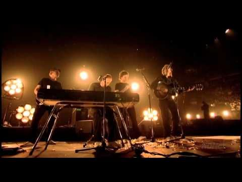 Coldplay live in Toronto 2006 HD (Full). Their music always helps me relax.