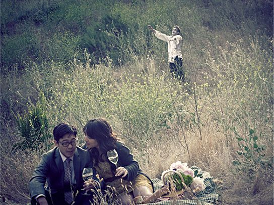 Cutest/funnest idea for funny engagement photos. awesome.   http://www.amandarynda.com/2011/08/zombie-engagement-photos/