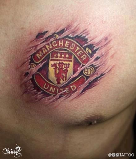 We love this fan's @manutd tattoo. Great way to show your colours.