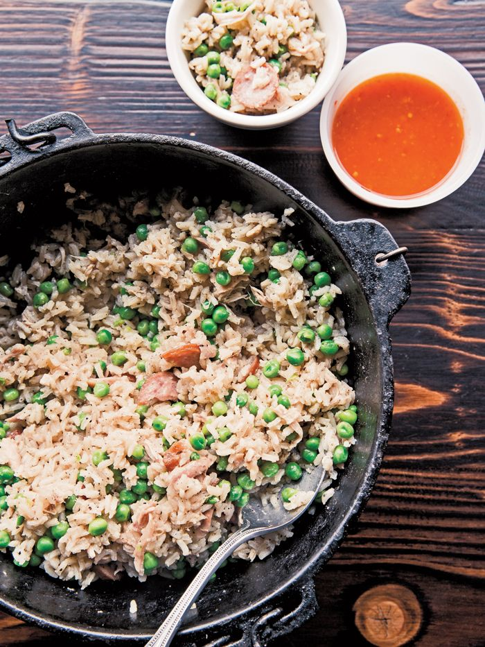 Buxton Hall's Elliott Moss shares his recipe for this South Carolina favorite, Chicken Bog.  I got to try it a few days ago, and it was delicious!