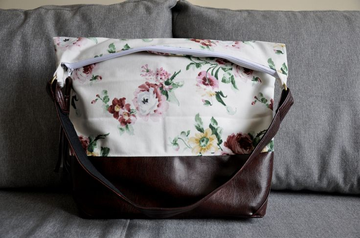 Vintage everyday use bag with beautiful flowers