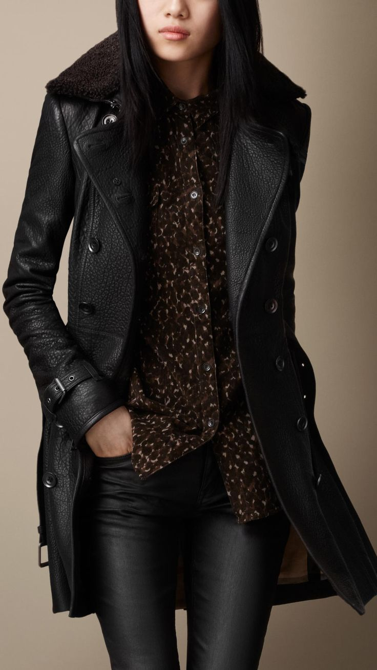 I ADORE this coat. || BURBERRY - Black Midlength Shearling Collar Leather Trench Coat