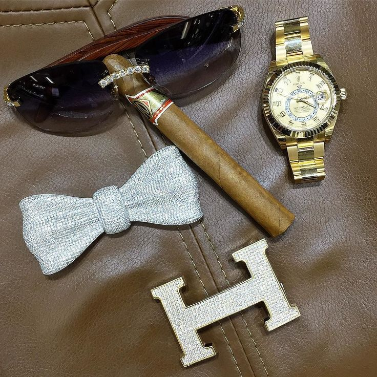 Have a Great weekend  #cartier glasses   #Hermes diamond  Buckle  #diamond Bow  Cigar #Rolex SkyDweller on Deck   % Authentic.    Buy - Sell - Trade.   (305) 377-3335 info@diamondclubmiami.com #seybold #luxury #watches  #rolex #ap #audemars #hublot #patekphilippe #cartier #diamondclub #watch #diamonds #richardmille #diamondclubmiami #luxurywatch #relojes