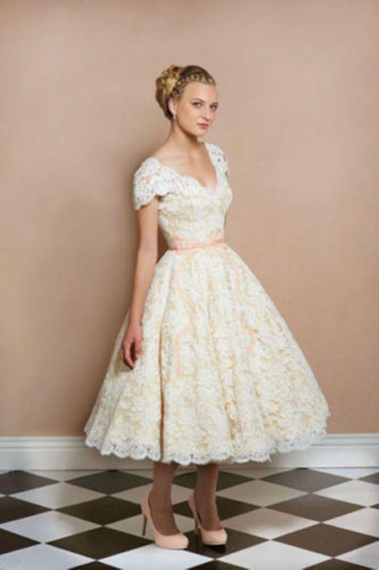 Short Mid Calf Length Wedding Dress White Ivory Brides Lace Vintage Bridal Gown