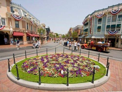 DL-Main-Street-USA-