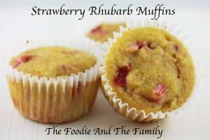 Strawberry Rhubarb Muffins #paleo #primal