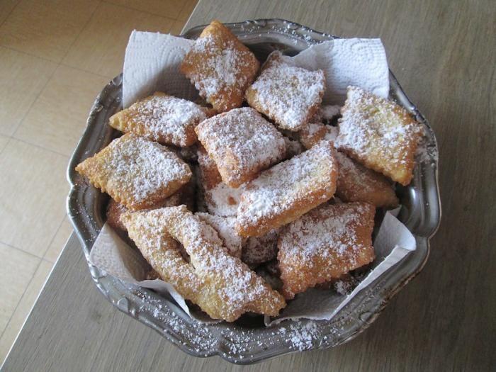 Les merveilles sont de délicieux beignets de carnaval généralement en forme de losanges et saupoudrés de sucre. Ils se préparent traditionnellement pour Mardi Gras et pendant toute la période du Carnaval. Nous vous proposons une recette facile pour préparer de savoureuses merveilles au citron. par Audrey